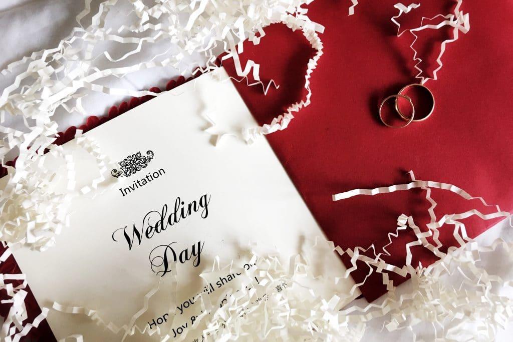 Réaliser les faire-part de mariage