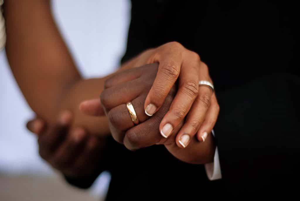 Où et quand faut-il déposer son dossier de mariage ?