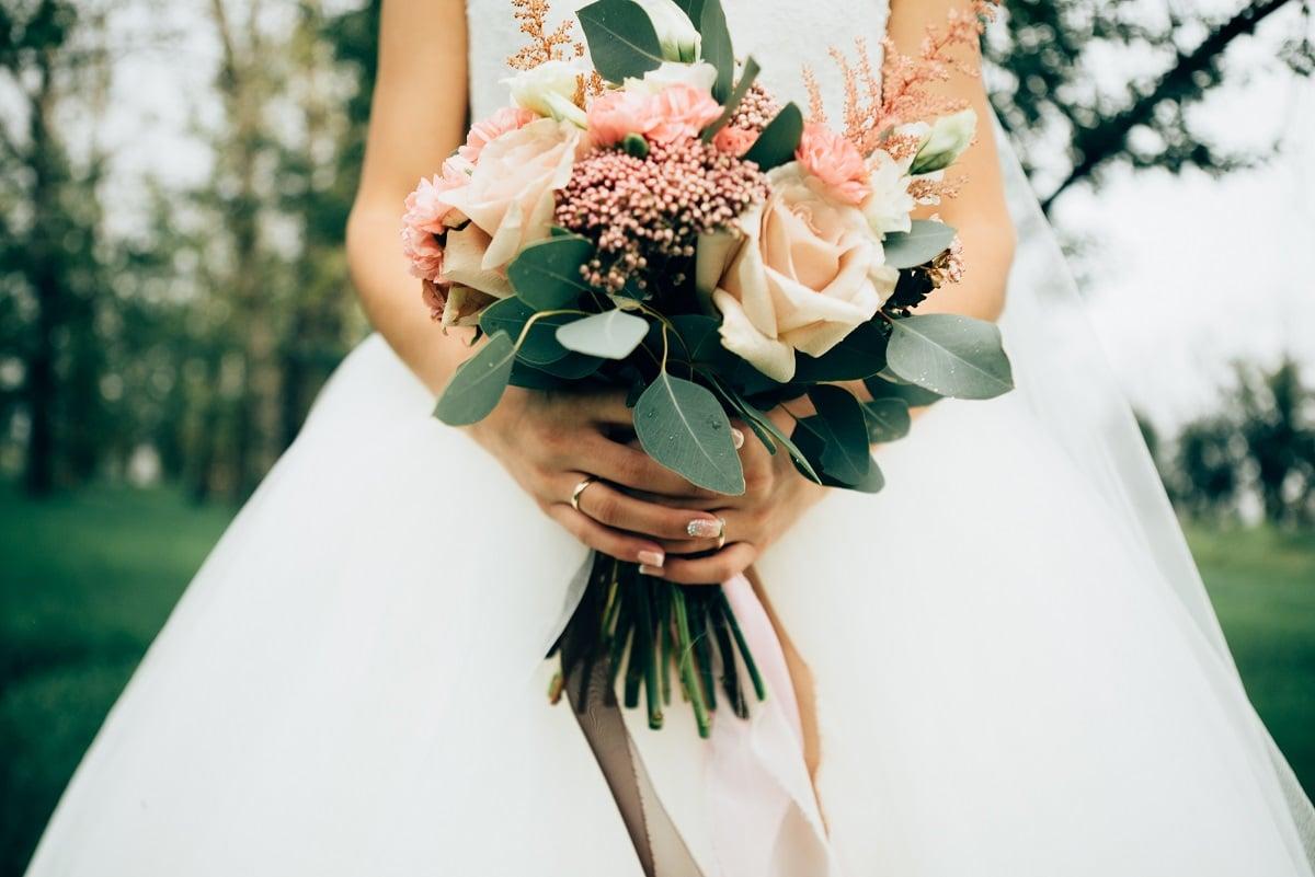 Quelles couleurs faut-il associer dans le bouquet de la mariée ?