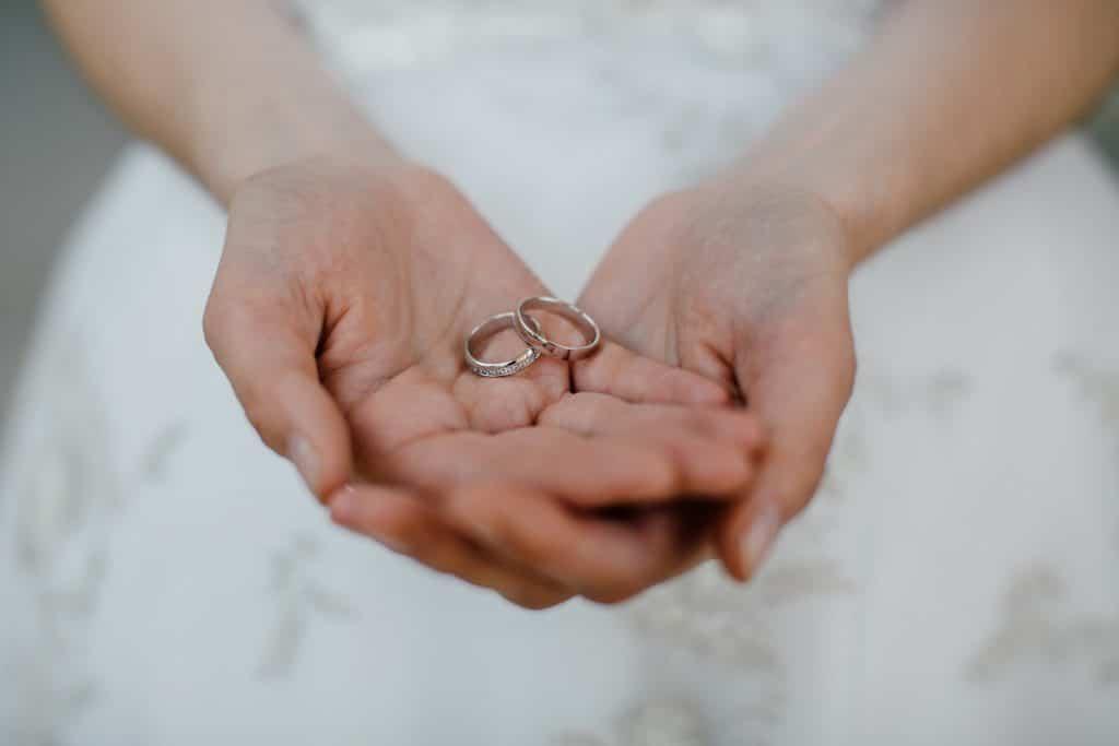 Comment s'organiser pour reporter son mariage ?